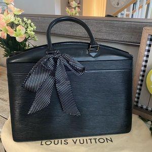 Auth Louis Vuitton Epi Riviera